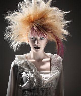 Geometrica all'italiana: è burlesque la nuova collezione moda capelli del gruppo Gogen