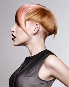 Moda capelli primavera/estate 2013: design british e femminilità per Marc Antoni