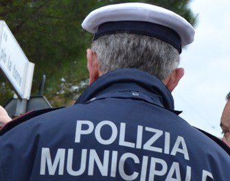 Parrucchiere cinese abusiva a Prato