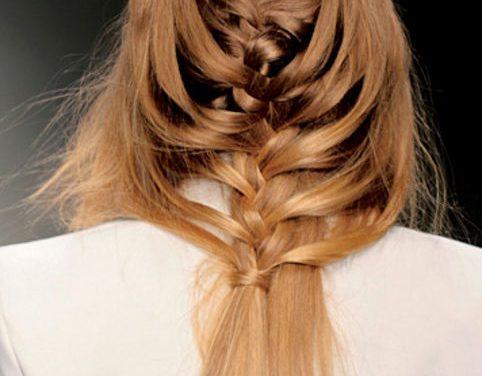 Acconciature capelli con treccia 2014