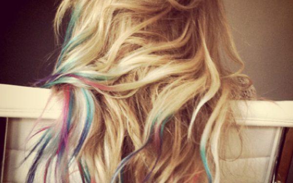 Hairchalking: il maquillage per capelli che rivoluziona l'idea di colore