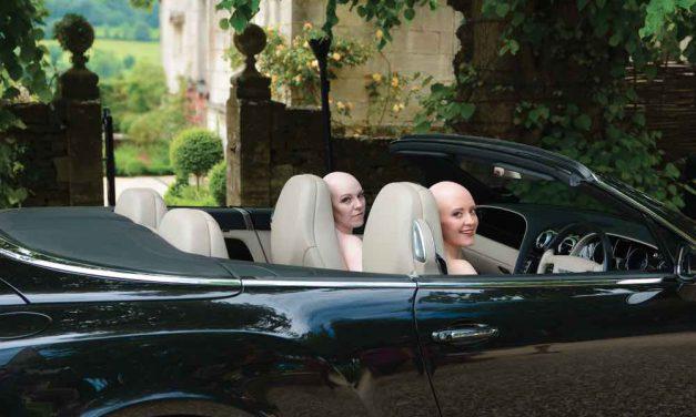 Calendari 2015: Modelle calve per sensibilizzare sull'alopecia