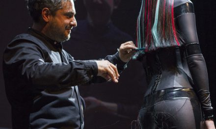 DAVINES HAIR ON STAGE A LONDRA