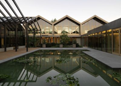 2.Davines Village_External view waterlilies court1