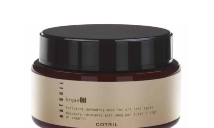 IT'S TIME TO DETOX CON NATURIL POLLUTANT DEFENDING MASK