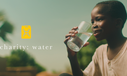 COME SUPPORTARE CHARITY: WATER