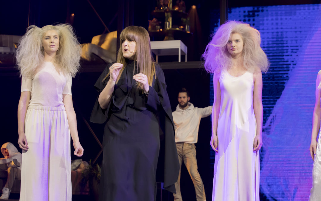 SCHWARZKOPF PROFESSIONAL SVELA IL TEAM DI HAIRSTYLIST PER SALON INTERNATIONAL