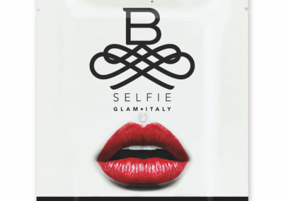 busta B-SELFIE VOLUME