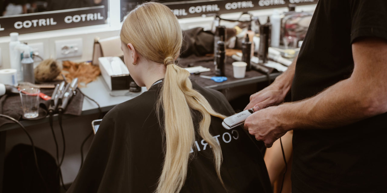 """LE LOW PONY TAIL COTRIL PER IL CALZEDONIA LEGSHOW 2019 """"HOTEL EDITION"""""""