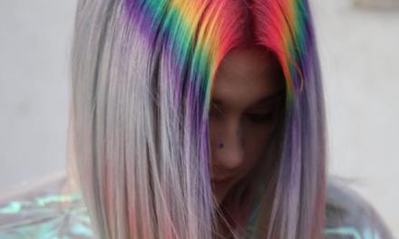 C'È BISOGNO DI COLORE: TORNANO I RAINBOW HAIR!